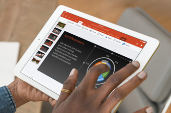 Blog image user making a powerpoint on a iPad